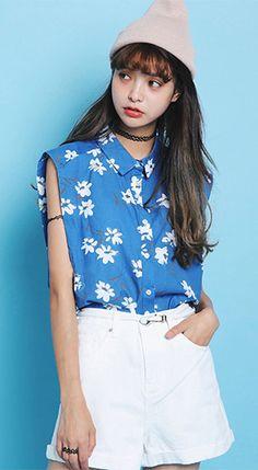 Hipster & indie sleeveless shirt collar blue floral printed cotton linen blend shirt