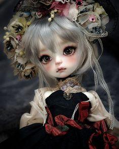 SOOM imda3.0 Gian head girl.(cream white skin)makeup by me. Her name is Norn. imda3.0のGian少女をお迎えしました!セルフメイクです。名前はノルン。 #doll #bjd #soom #imda #gian