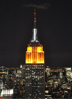 Empire State Building at night - Golden