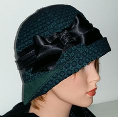 Cloche Hat Flapper Hat 20s 1920s Downton Abbey  by MermaidsHatbox