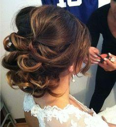 Wedding hair styles for long hair. Eva Longoria inspired updo