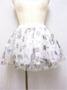 Rockabilly Pattern Tulle Skirt available at http://www.cdjapan.co.jp/apparel/new_arrival.html?brand=SLV