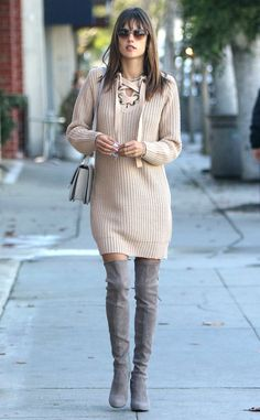 Alessandra Ambrosio from The Big Picture: Today's Hot Pics  The stylish model is spotted out in Brentwood, California.