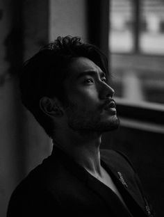 "godfreygaodailys: ""Photoset Godfrey Gao for Harper Bazaar China! Godfrey Gao, Handsome Asian Men, Handsome Boys, Creative Portraits, Pretty People, Asian Beauty, Character Inspiration, Male Models, Kung Fu"
