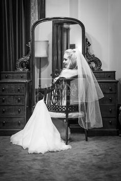Melbourne Town Hall wedding photography Aldona Kmiec Photography www.aldonakmiec.com