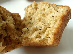 Earl Grey tea muffins from a site with a ton of great bento lunch ideas teamuffinsinside_480.jpg  http://justbento.com/handbook/johbisai/earl-grey-tea-muffins#