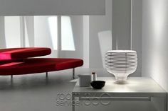 Shop SUITE NY for the Behive Table Lamp designed by Werner Aisslinger for Foscarini and more modern furniture including modern table lamps and polycarbonate lig Unique Table Lamps, Contemporary Table Lamps, Best Interior, Modern Interior Design, Torchiere Lamp, Bureau Design, Design Bestseller, Lighting Design, Interior Lighting