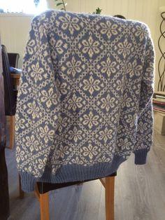 Designer Knitting Patterns, Knitting Designs, Knit Patterns, Knitting Projects, Knitting Stitches, Baby Knitting, Harry Potter Knit, Nordic Sweater, Crochet Tunic