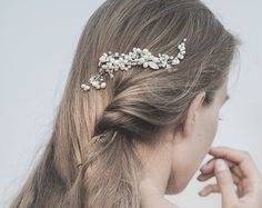 Unique wedding hair comb Bridal hair comb Pearl Hair by MkeFlower