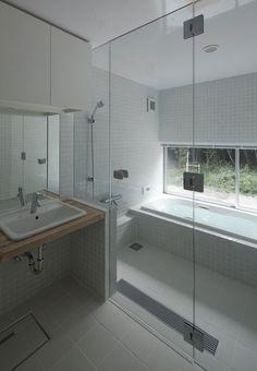Ideas For Bathroom Shower Tub Japanese Style – Bathroom – … Ideas For Bathroom Shower Tub Japanese Style – Bathroom – Bathroom Tub Shower, Bathroom Renos, Bathroom Layout, Bathroom Interior, Cream Bathroom, Bathroom Ideas, Bath Tub, White Bathroom, Bath Room