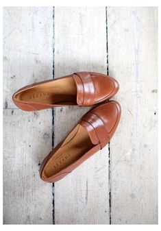 Sock Shoes, Cute Shoes, Me Too Shoes, Shoe Boots, Shoes Sandals, Look Fashion, Fashion Shoes, Women's Accessories, Madewell