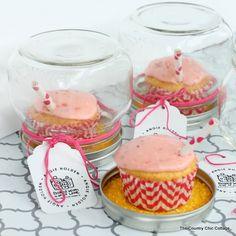 Cupcake Gift Idea and a Strawberry Lemonade Cupcake Recipe