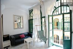 ,PRIVATE ROOM 2 SINGLE BEDS in Sevilla