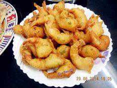 Crispy Prawn Fritters Prawn Fritters, Tzatziki Sauce, What To Cook, Shrimp, Seafood, Fries, Cooking Recipes, Cooking Ideas, Meat