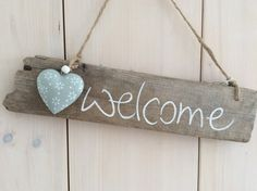 Decorative objects - welcome - driftwood sign with metal heart - a designer piece of Driftwood Signs, Driftwood Wall Art, Driftwood Sculpture, Driftwood Crafts, Beach Crafts, Home Crafts, Diy And Crafts, Shell Crafts, Wooden Hearts