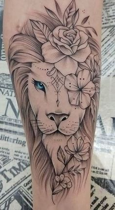 The 70 Best Internet Lion Tattoos [Männer und Frauen] - I love - The 70 Best Internet Lion Tattoos [Male and Female] – I Love … The 70 Best Internet Lion Tattoo - Leo Tattoos, Couple Tattoos, Body Art Tattoos, Tattoos For Guys, Music Tattoos, Tatoos, Female Arm Tattoos, Female Lion Tattoo, Leo Zodiac Tattoos