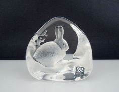 Mats Jonasson Sweden Art Glass - snow hare Rabbit
