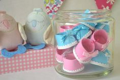 Sencillos zapatitos de goma eva para decorar   Manualidades para Baby Shower