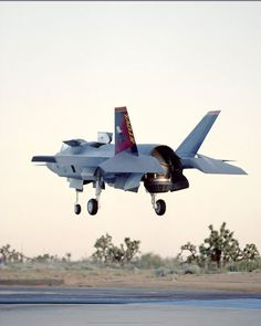 F35 Vertical Take Off