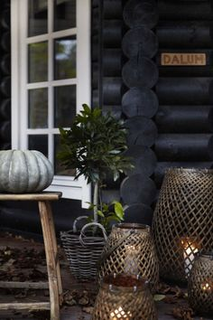 Black stained log cabin in Danmark is part of Black Stained Log Cabin In Danmark Hallofhomes Com Combining the rustic style and black stained log this stunning house is a dream come true for anyone - How To Build A Log Cabin, Log Homes Exterior, Log Cabin Rustic, Log Cabin Exterior, Cottage Exterior, Modern Log Cabins, Log Home Decorating, Log Cabin Interior, Log Cabin Decor