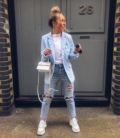 White Jacket Outfit, Blue Blazer Outfit, Blazer Bleu, Blazer Outfits Casual, Blazer Outfits For Women, Look Blazer, Mode Vintage, Fashion Outfits, Ootd Fashion