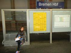 Aguardando o trem na estação de Bremen - Alemanha