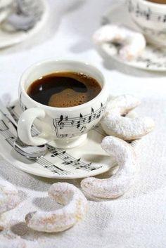 music note espresso set! I adore this!