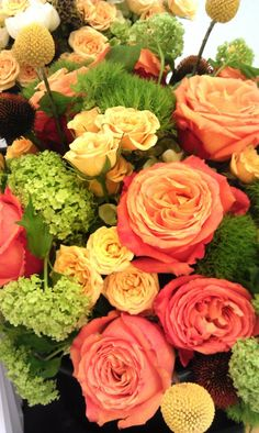 beautiful colors for arrangements