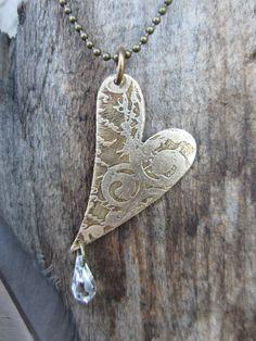 heart pendant necklace jewelry vintaj heart por MySistersArt