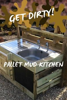 You CAN muck this up! Build a Kid's Pallet Mud Kitchen! Upcycle a 2nd-hand sink or basin, add a towel rack, a chalk paint recipe board & have fun! This project has storage for those pots and pans too. #diykidspalletprojects #palletfun