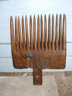 Peigne à lin (sert à récupérer les graines). Flax ripple
