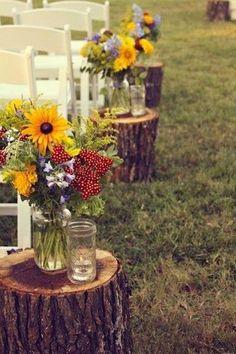 Stumps used in an outdoor wedding #backyard