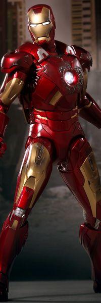 Iron Man Mark VII Sixth Scale Figure - The Avengers