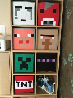 Minecraft storage boxes - Minecraft World Boys Minecraft Bedroom, Minecraft Room, Minecraft Crafts, Minecraft Furniture, Minecraft Skins, Minecraft Buildings, Minecraft Storage, Minecraft Birthday Party, Gamer Room