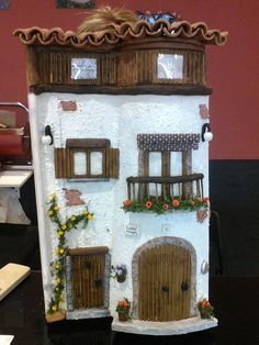 Atelier Merche Tile Crafts, Craft Stick Crafts, Decor Crafts, Diy And Crafts, Pottery Houses, Ceramic Houses, Clay Fairy House, Fairy Houses, Doll Houses