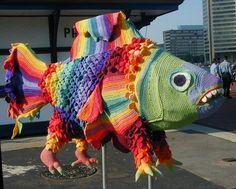 Sculpture poisson de Ming Yi Sung au crochet.