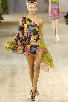 Emanuel Ungaro Spring 2007 Ready-to-Wear - Collection - Gallery - Style.com