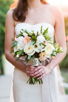 This bouquet is everything: http://www.stylemepretty.com/texas-weddings/austin/2015/03/03/chic-lakeside-wedding-at-vintage-villas/   Photography: Cory Ryan - http://www.coryryan.com/