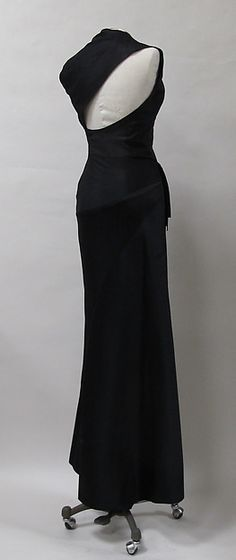Evening dress (image 4) | Charles James | circa 1944 - possibly earlier | silk | Metropolitan Museum of Art | Accession Number: 2013.321