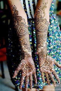 Work done by Sumeyya Rehman of Henna Craze: www.hennacraze.com