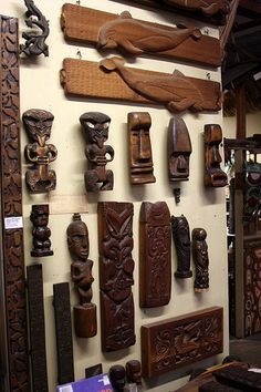 Oceanic Arts-tikis and tropical decor store, Whittier CA