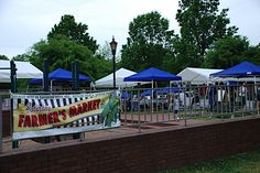 Saturday is a market day @ Davidson Farmer's Market in Davidson, North Carolina 9am – noon http://www.farmersmarketonline.com/fm/DavidsonFarmersMarket.html