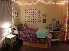 Santa Clara dorm room inside Graham Residence Hall  Photo courtesy of @hiitsme_rachel