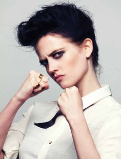 I adore Eva Green. Trying to find a picture of her that isn't excessively sexualised is very, very difficult however