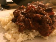 Dinner Recipes: Chilli Con Carne | littleparcelsofjoy  What a hearty and meaty meal!