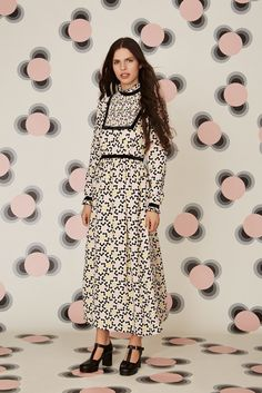 Orla Kiely Resort 2016 - Collection - Gallery - Style.com  http://www.style.com/slideshows/fashion-shows/resort-2016/orla-kiely/collection