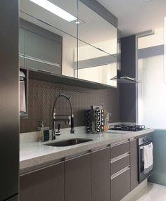 ✔top 9 luxury kitchen interior ideas 3 « A Virtual Zone Kitchen Interior, Kitchen Cabinet Design, Kitchen Remodel, Kitchen Decor, Luxury Kitchen, Kitchen Room Design, Kitchen Furniture Design, Kitchen Cabinets Makeover, Kitchen Design