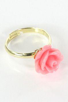Rosette Ring $18 shopmodmint.com
