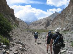 The MarkhaValley Trek is the famous trek in Ladakh region in India. During trekking tour, one can explore beautiful Buddhist Monasteries, Mountain Villages, High altitude pastures of Nimaling and High altitude peak Kangyatse.