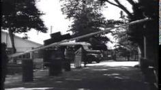 Filmpje Aankomst met de boot (vanuit Nederland) van de nieuwe lichting van de TRIS in het Prins Bernardkampement te Paramaribo. Interessant om te zien hoe de boot toen aanlegde, welke bussen gebruikt werden etcetera. Please dubbelklik. Bron: TRIS Online - YouTube